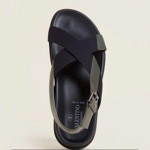 Valentino Garavani Mens Black Sandals